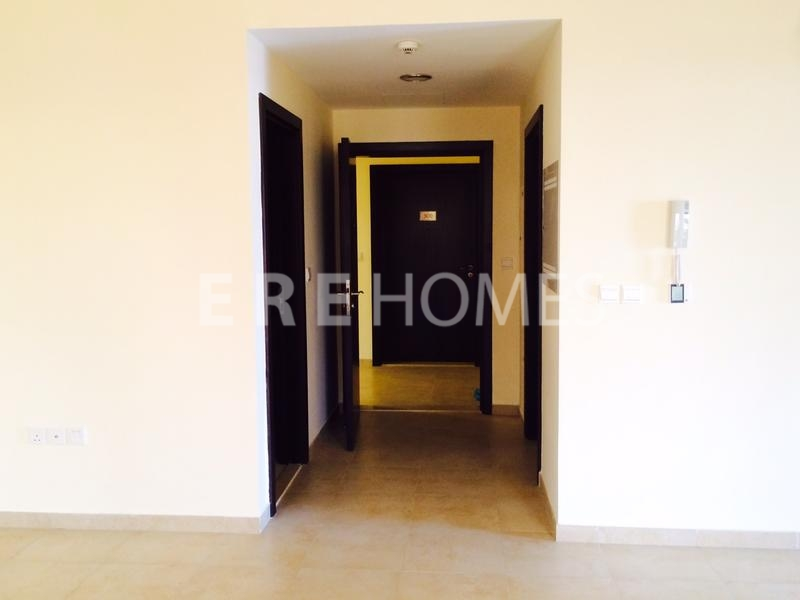 Brand New 3 Bed , Vacant Ready To Move In-Remraam Er R 12422