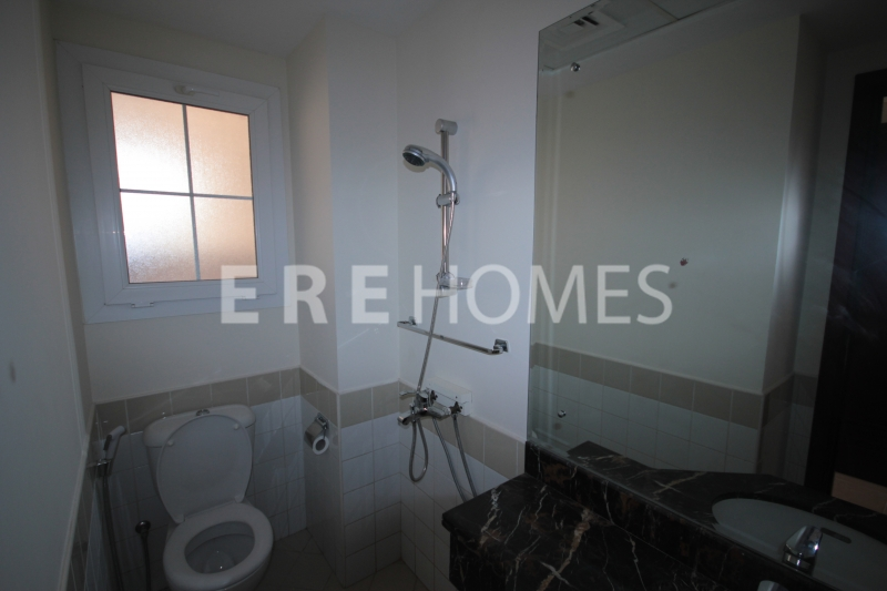 Vacant Now Low Floor 3 Bedroom Shoreline Er R 12015