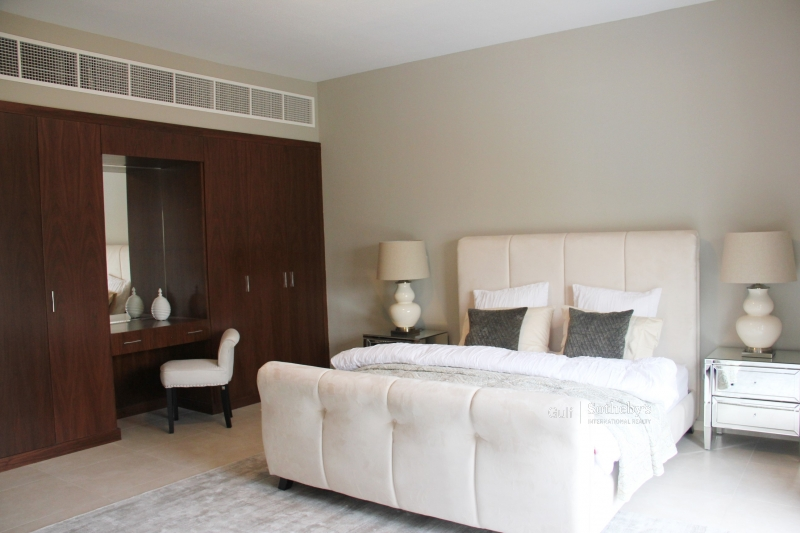 Off Plan. Hills 1br Apartment. Emirates Hills View Op: 1,106,888aed Premium 24%. Er S 5382