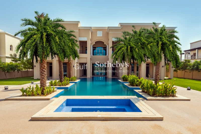 Beautifully Created Villa In Exclusive Sector