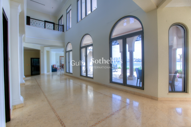 Amazing Upgraded Villa With Private Pool, Meadows, Dubai Er R 15123