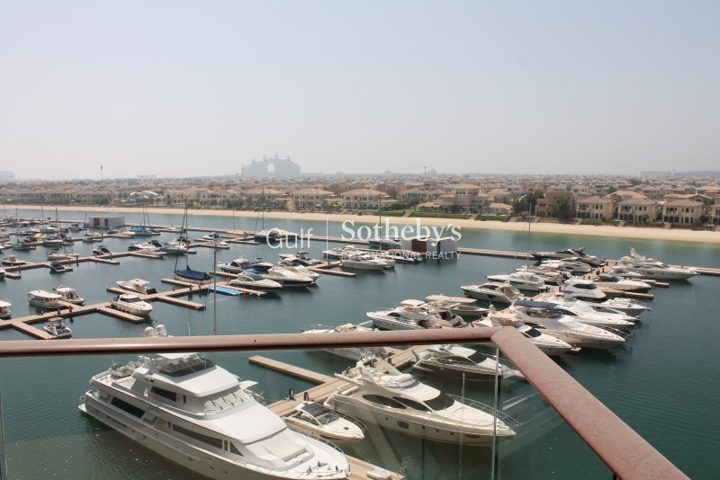 Tiara 2 Bed Atlantis And Marina View