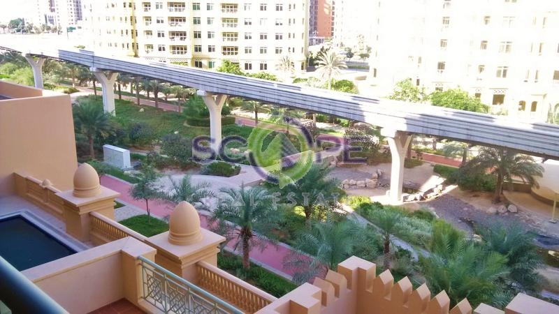 Palm Jumeirah Golden Mile 1 Type C 2 Bedroom + Maid Room For Sale