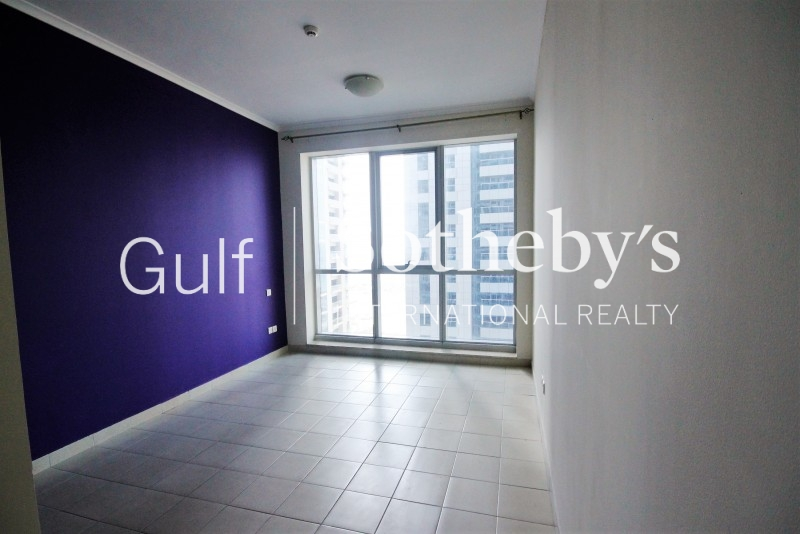 Fitted Office With Built In Pantry In Jlt