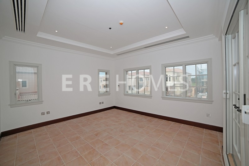Beautiful Brand New Three Bedroom Apartment, Difc, Burj Daman Er R 10619