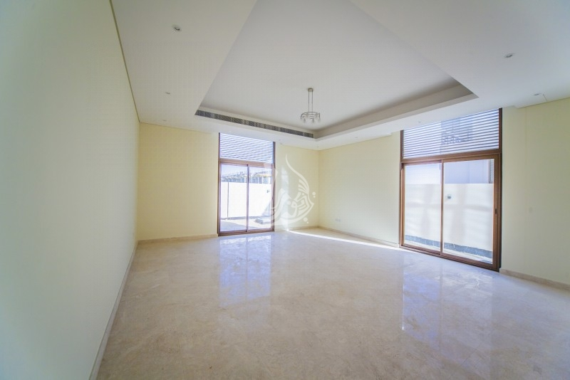 Posh Penthouse In Golden Mile Palm Jumeirah