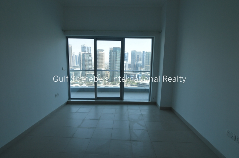 Large One Bed Over 1000 Sqft, Bahar, Furnished,
