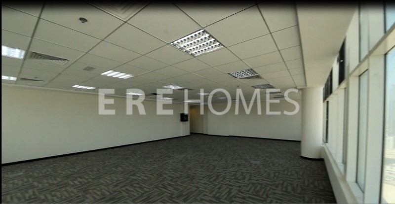 Fitted Office For Rent In Clover Tower, Business Bay Er-R-2573