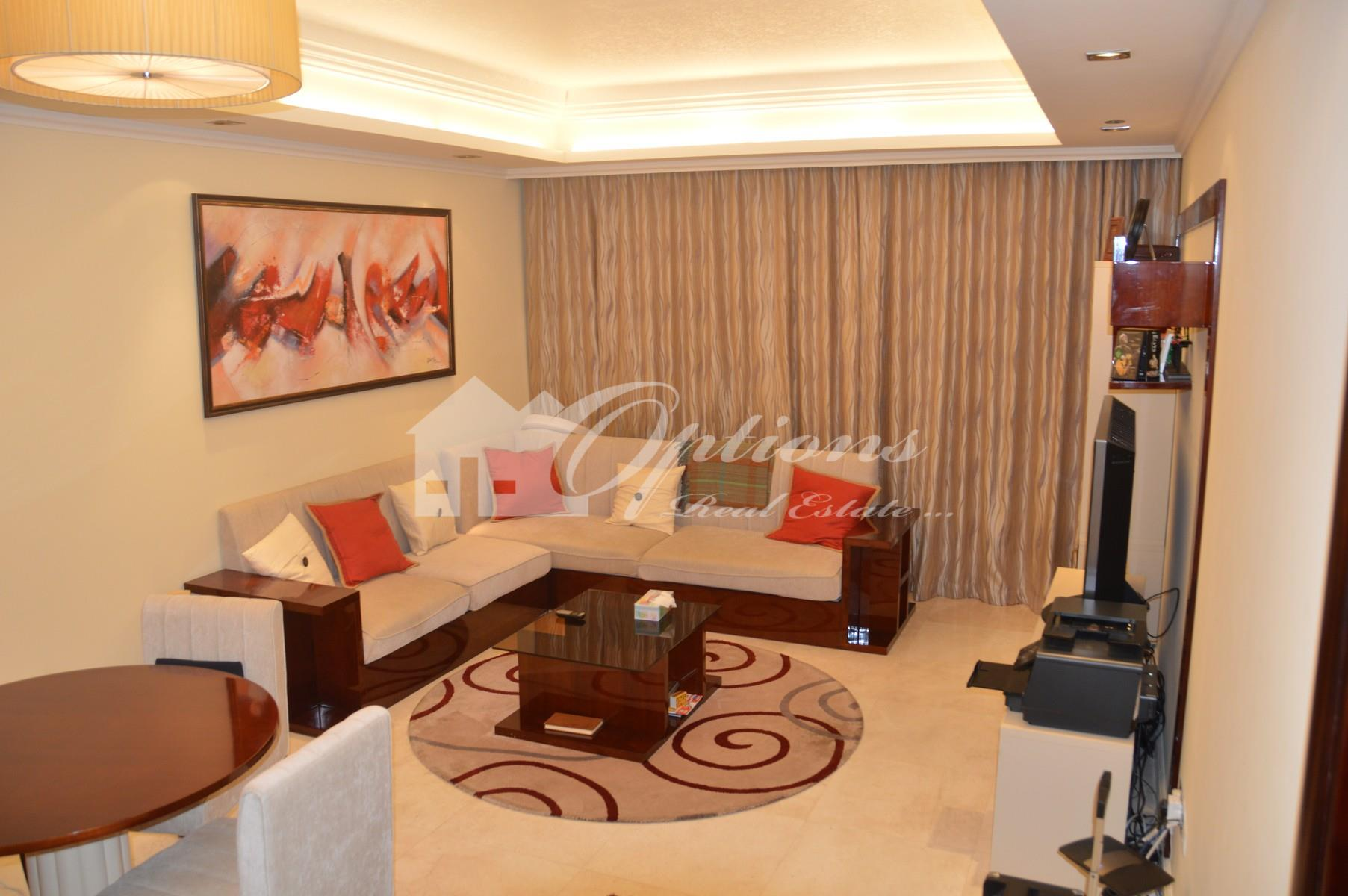 Elegant One Br Apartment In Grandeur Residences