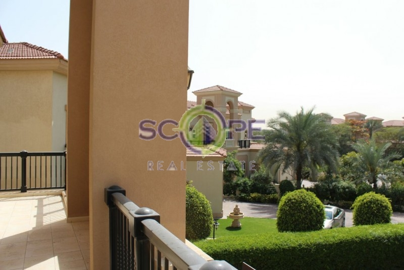 Villa For Sale In Jumeirah Island