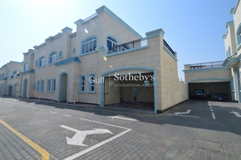 New 4 Bed Luxury Beach Villa, Jumeirah