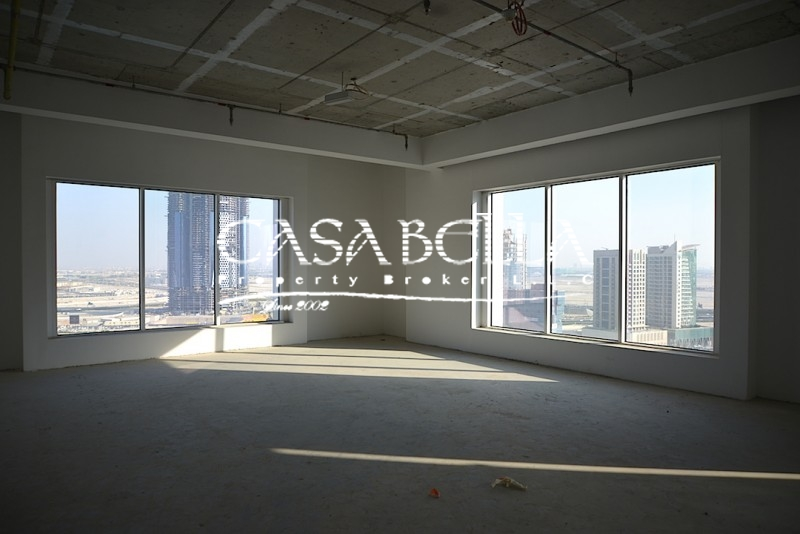 Fifty One Tower Business Bay Lake View-Motivated Seller