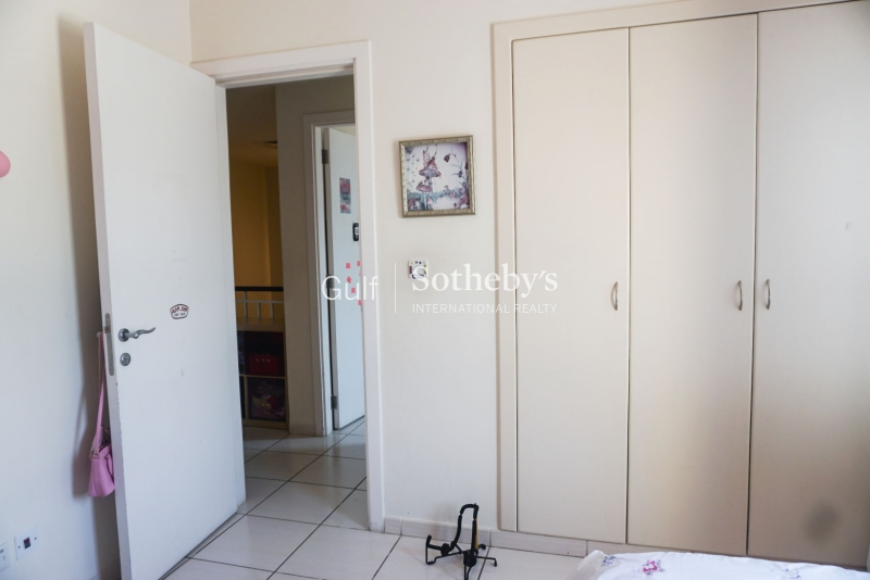 Unfurnished 2br Full View, Marina First