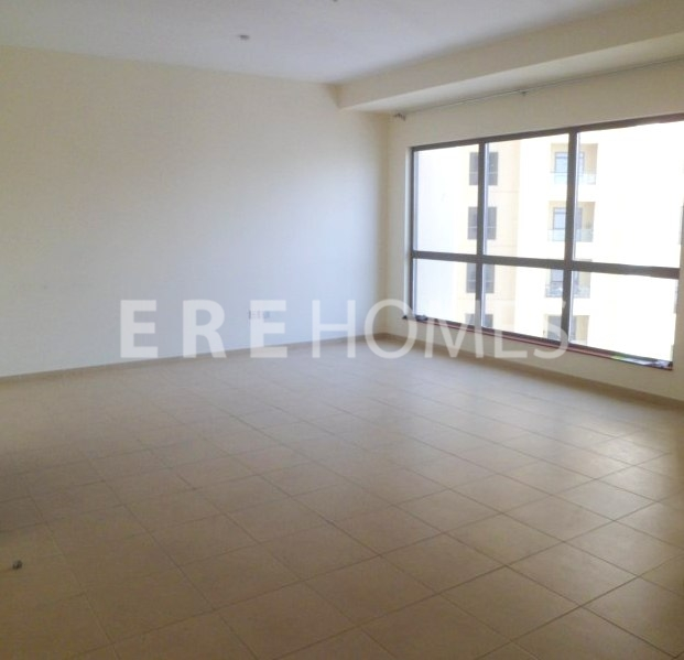 Great Condition 3 Bed 3m Al Reem, Kitchen Utensils Included Er R 11956