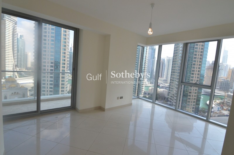 3br On High Floor With Full Marina Views