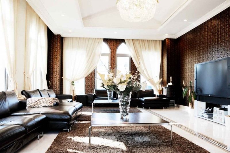 Fully Furnished Mediterranean Garden Lobby Signature Villa