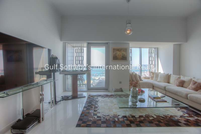 Upgraded 2br With Full Sea View Cayan Tower