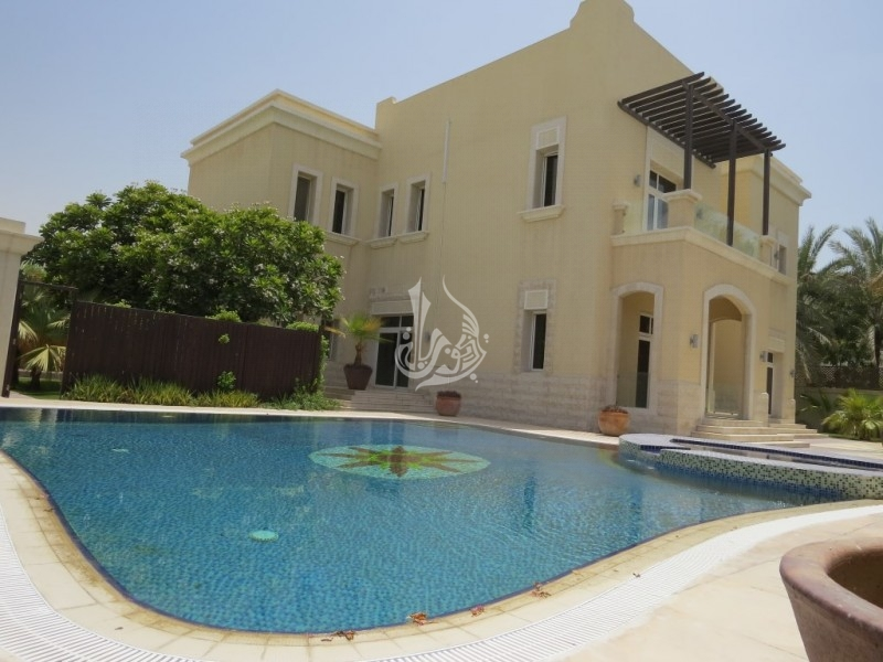 Luxurious Villa for Sale in Section E Emirates Hills
