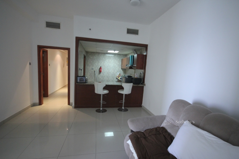Well Priced 2 Bed Type D At Golden Mile3