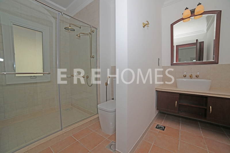 Great Offer, Lakeside Residence, 2 Bedroom , Vacant Er S 6930