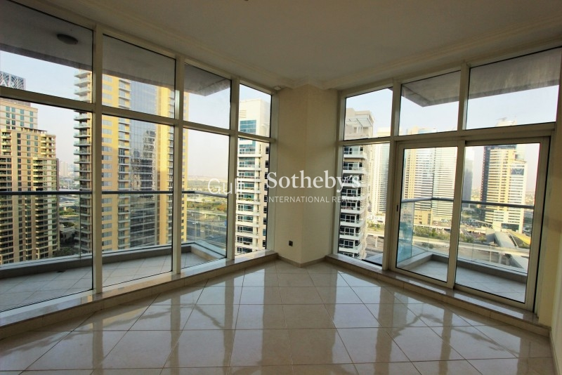 Spacious 2 Br Plus Maid With Fantastic View