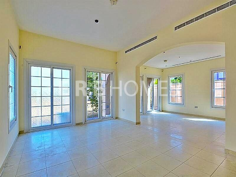2 Bedroom Villa In Jumeriah Village Triangle Vacant 20st August Er R 13572
