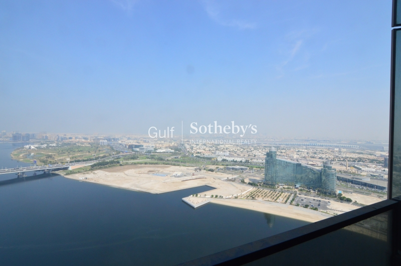 Stunning 3 Bd Overlooking Dubai In D1 Tower