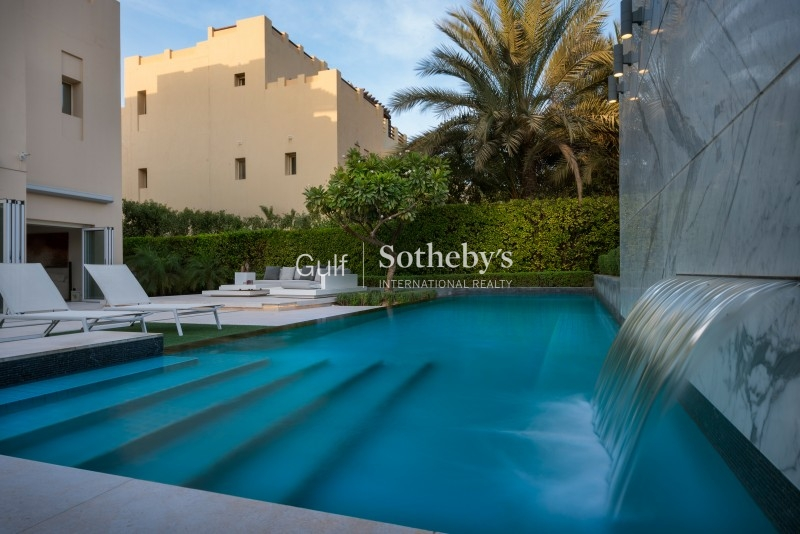 Vacant 6 Bedroom Emirates Hils Golf Course Villa Er S 7685
