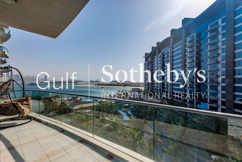Vacant Mid Floor 1 Bedroom With Sea View