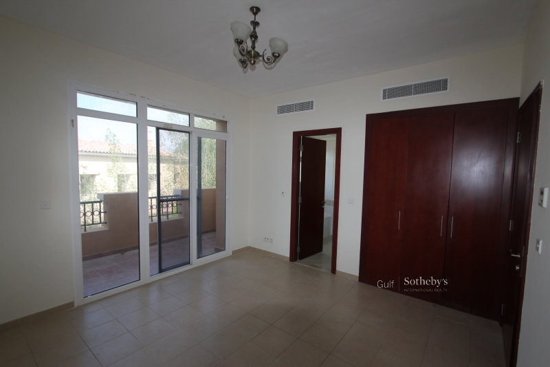 Aed 205,000. Type 2m Springs Villa. 3 Bed With Study, Maids And Family Room. Er-R-10256