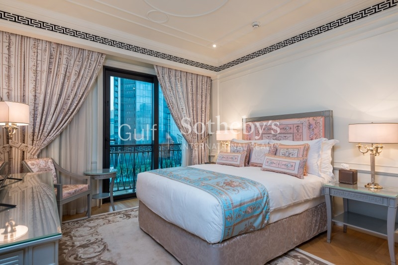 Amazing Fully Furnished Gallery View Signature For Rent Er R 11379