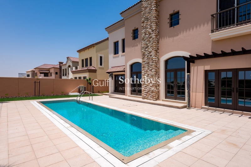 Luxury 3 Bed Villa In Sustainable City Er R 15006