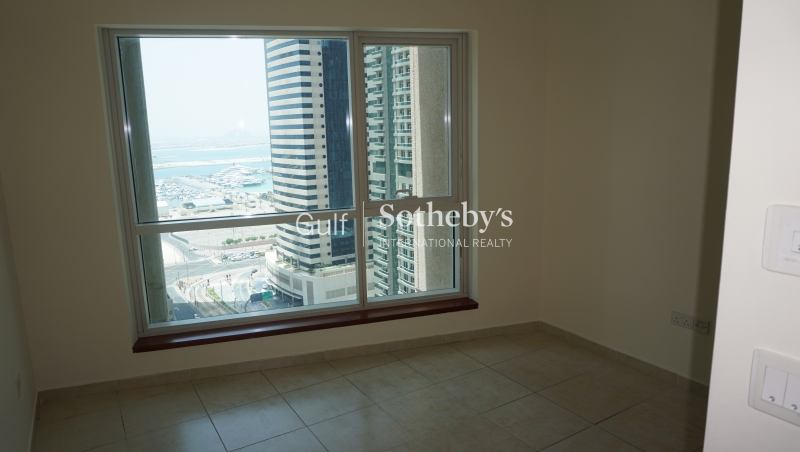 1/jbr Luxury Beachfront Living With Dubai Eye View