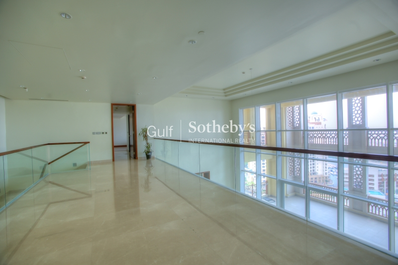 Luxurious-4 Bedroom-Duplex Penthouse