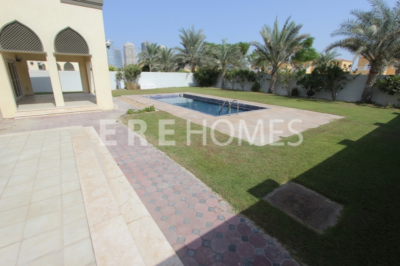 Immaculate Five Bedroom Villa Jumeirah Park With Pool Er R 14466