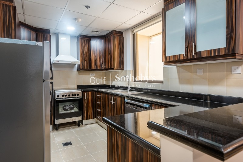 Brand New 1 Bed In Al Thamam Circle With Closed Kitchen Er R 9920