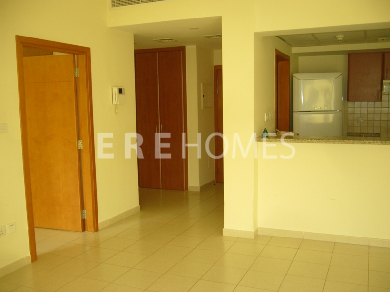 2 Bedroom Apartment, Jumeirah Lake Towers, Dubai Marina, Lake View Er R 13163