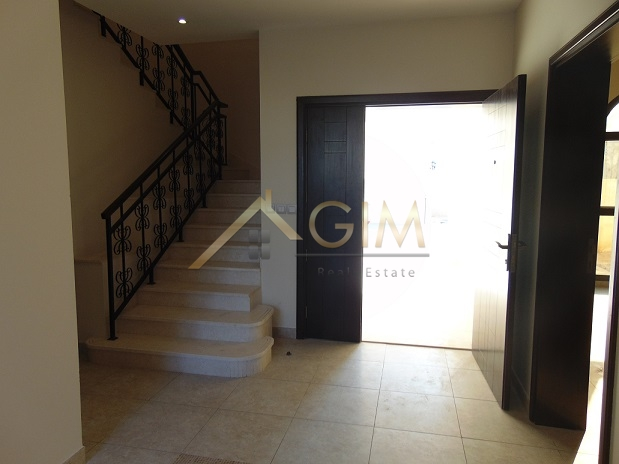 4br + Maid Corner Villa With A Huge Plot In Mudon