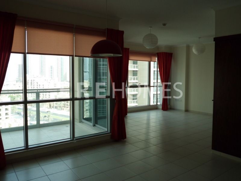 Well Priced 3 Bed, The Residences 8, Downtown Aed 270,000 Er R 14061