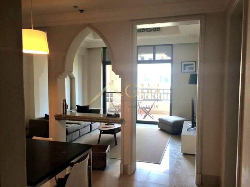Fully Furnished One Bedroom At Tajer in Old Town For Rent