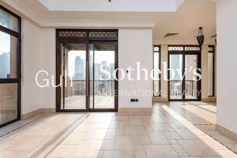 Aed 230.000 Maeen Type C, 3 Bed, 3 Bath Er R 8575