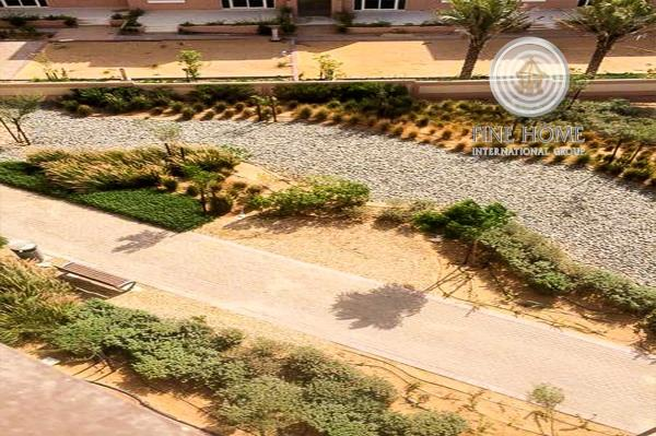 6 Villas Compound In Khalifa City_co_289