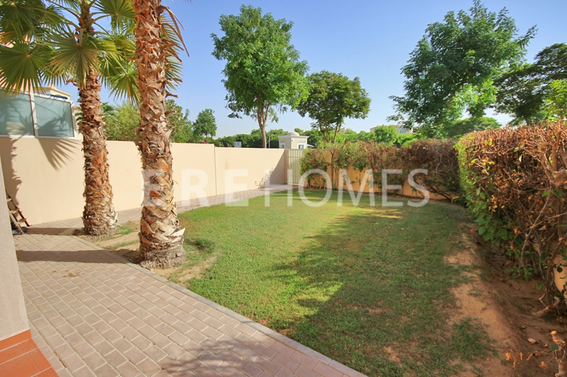 Large 2 Bed, High Floor, Lofts East, Downtown 155,000 Aed Er R 13120