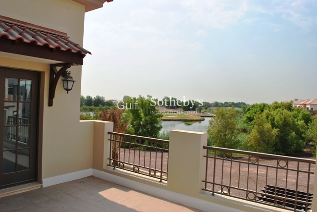 Excellent Condition 2 Bedroom Apartment In Travo B Er S 6609