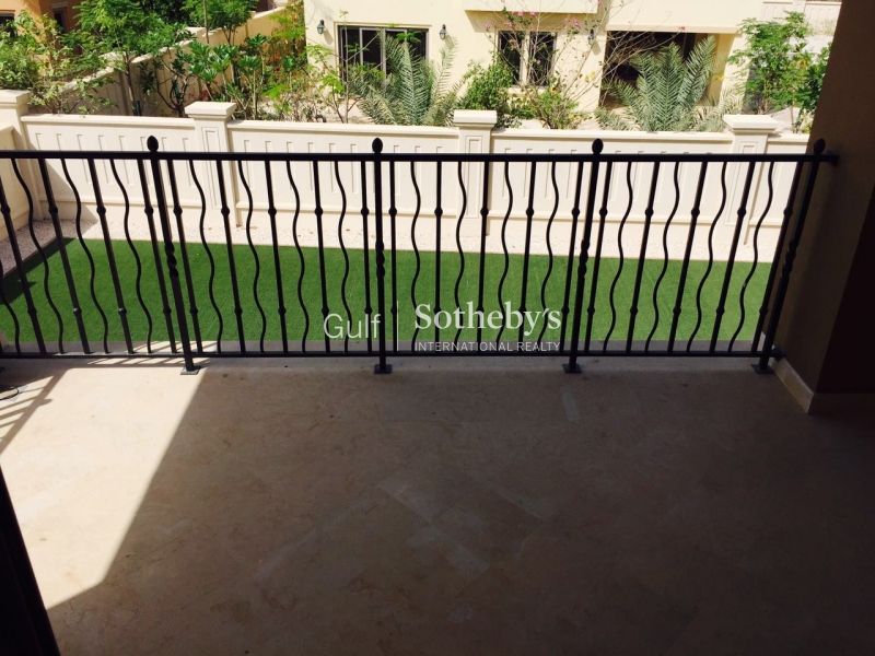 Beautiful Serena Style 5 Bedroom Villa In Sienna Lakes