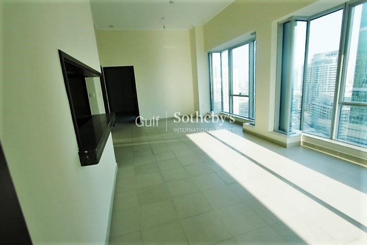 Large And Bright 1 Bed With Marina View