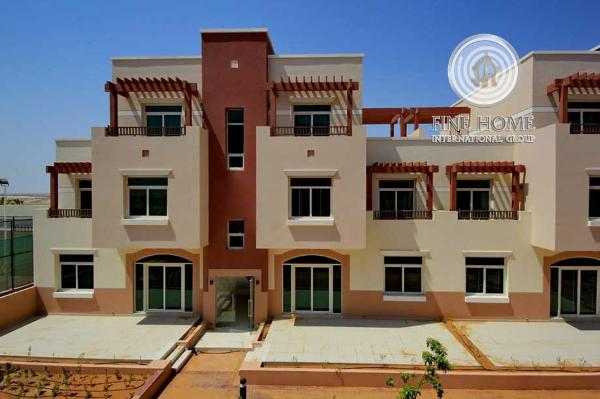 Good Location-5 Br Villa In Dubailand