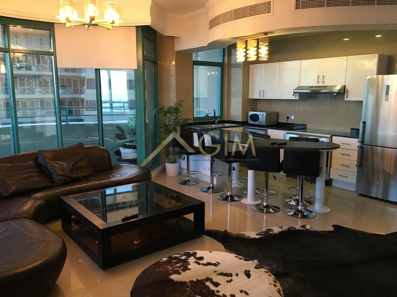 2 and 1/2 bed for rent in Marina Crown, Dubai Marina, Palm sea view
