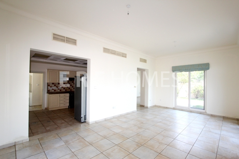 Amazing Deal 2 Bedroom Apartment Miska Oldtown Dubai Er R 12646