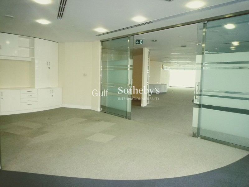 Fully Fitted Office With Partitions In Jlt